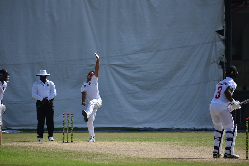 Cricketer and Stag Ambassador Nial Smith bowling